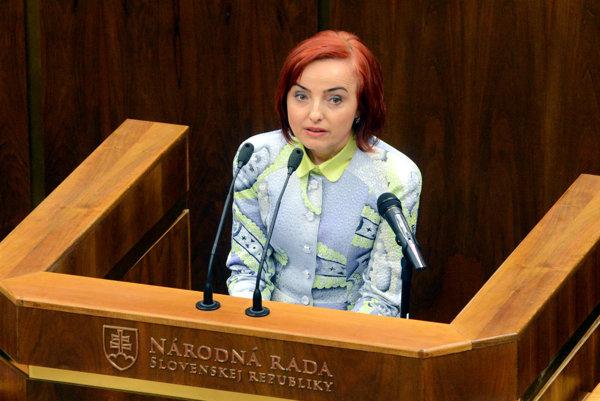 Katarína Macháčková ako poslankyňa parlamentu venuje primátorský plat na dobročinné účely.