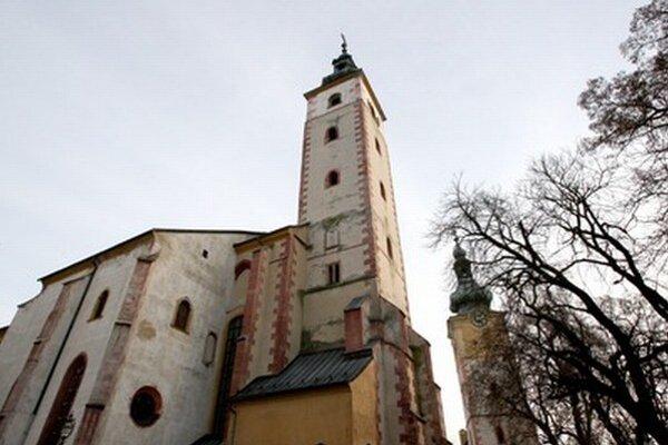 Posledná rozlúčka s Ivanom Palúchom sa uskutoční v stredu vo Farskom kostole Nanebovzatia Panny Márie.