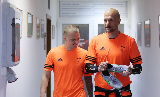 Martin Jakubko (vpravo) odohral poslednú sezónu v Ružomberku.