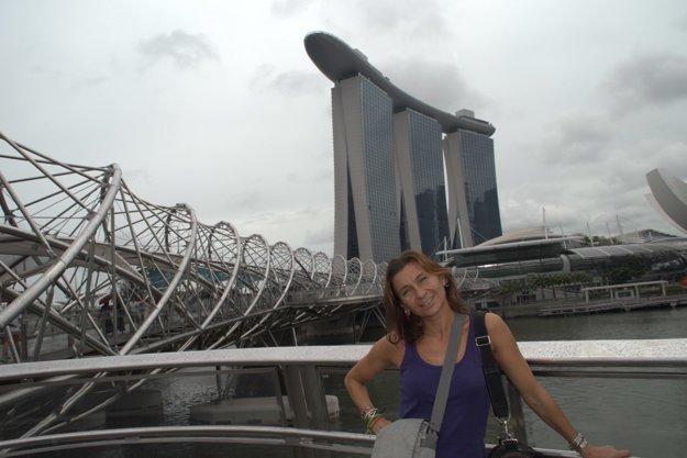 Danka Jašurková v Singapúre. Cestovanie je jej veľkým koníčkom.