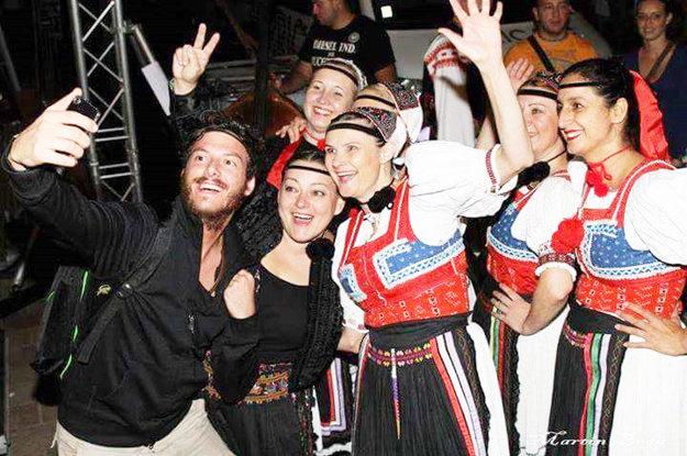 Svojka speváckej skupiny Dubnička, ktorej je Mária nenahraditeľnou členkou.