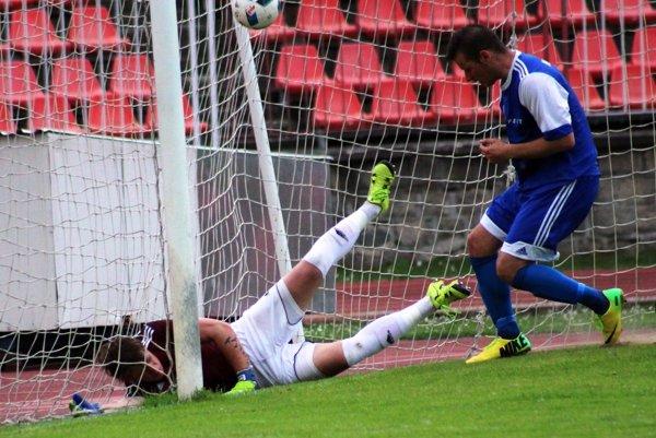Oba góly ŠKF strelil Matej Lovás (nie je na snímke).