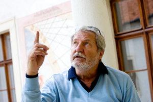 Profesor Štefan Šlachta (6. 12. 1939 - 26. 5. 2016) - významný slovenský architekt, publicista, organizátor architektonického života.