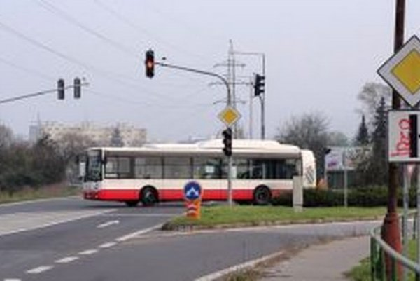 Ľudská nevšímavosť porazila dopravný systém.