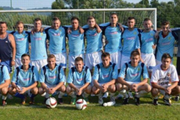 Futbalisti FK Polom Raková ovládli domáci turnaj, vo finále si poradili so Staškovom 2:1.