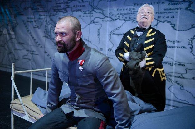Františka Jozefa I. stvárňuje Tomáš Maštalír.