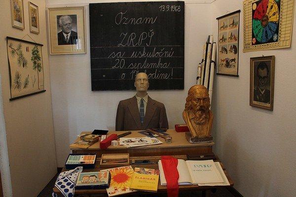 Ako sa žilo pred zmenou režimu, sa dozvedia najmä mladí na výstave Budovanie krajších zajtrajškov...