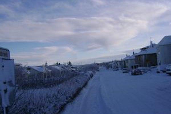 Na tejto ulici v Keflavíku žije spolu so svojou rodinou Levičanka Dušana Poláková, ktorá na Island prišla pred desiatimi rokmi.