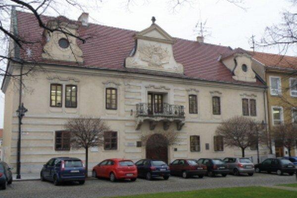 Gvadányiho kúria v Skalici.