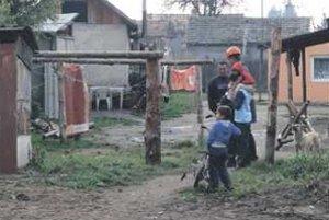 V týchto domoch sa kúri len drevom. Z chránenej oblasti.