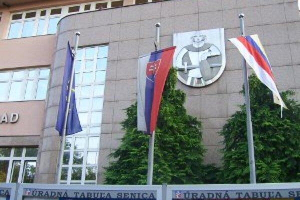 Občania sa prišli posťažovať osobne mestskému zastupiteľstvu.