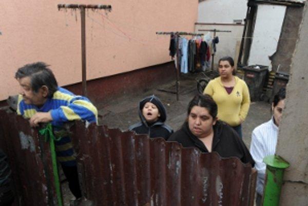 Rómske deti z Družstevnej ulice nepoznali základné hygienické návyky.