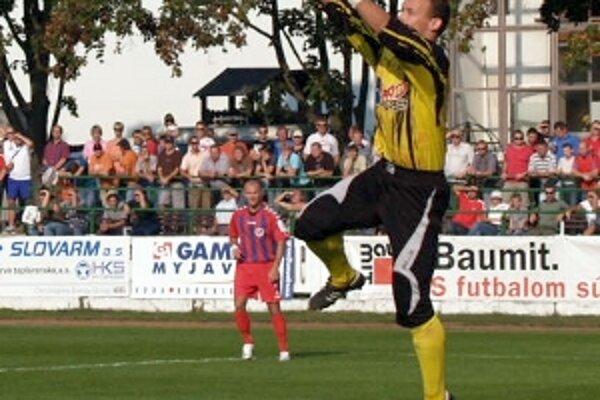 Základ k postupu položil skvelým výkonom brankár Spartaka Peter Solnička.