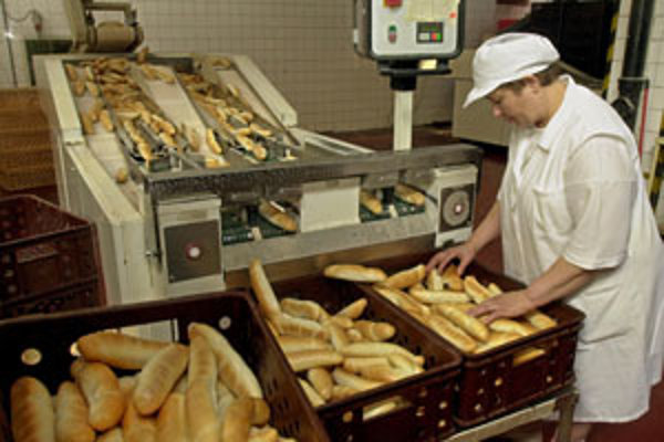 Ponuka na prevzatie akcií Záhoráckych pekární a cukrární bude platiť 30 kalendárnych dní od dňa zverejnenia, teda od utorka 18. mája.