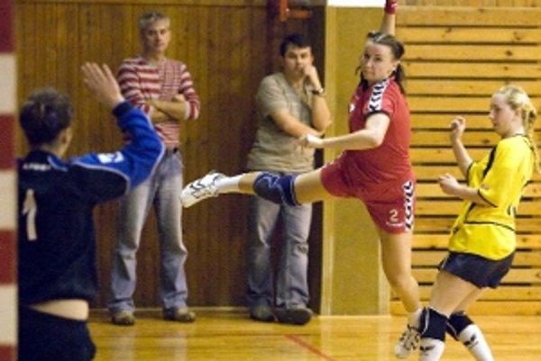 Zo zápasu 1. ligy žien Senica - Senec.