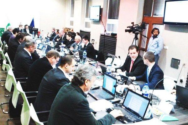 Nový rokovací poriadok bude na programe mestského zastupiteľstva.