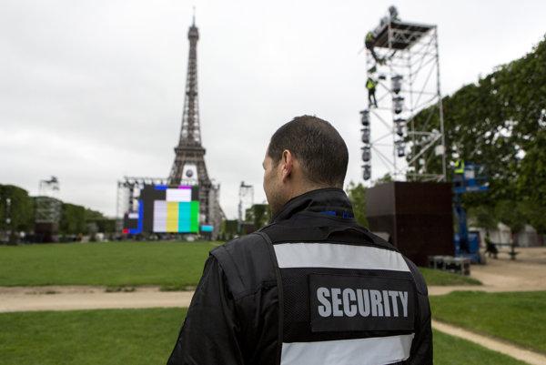 Najväčšiu fanzónu otvoria pod Eiffelovou vežou.