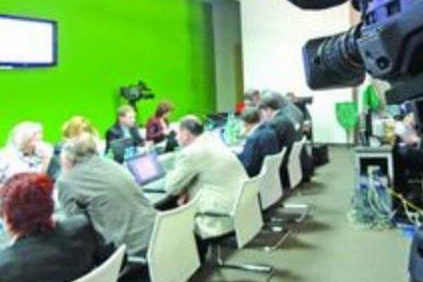 Snímka z rokovania mestského zastupiteľstva.