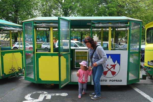 O jazdu vo vláčiku mali pred rokom v Poprade najväčší záujem najmä deti.
