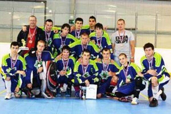 Družstvo HBK Nové Zámky získalo na M-SR bronz.