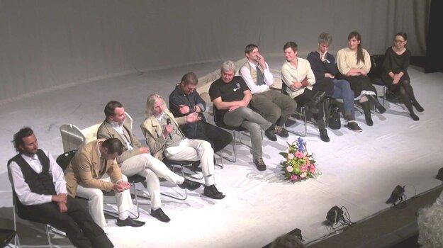 Diskusia tvorcov s divákmi.
