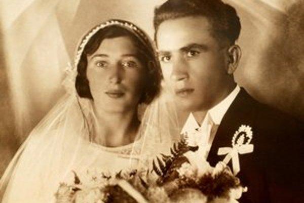 Svadobná fotografia mladomanželov Dobrotových.