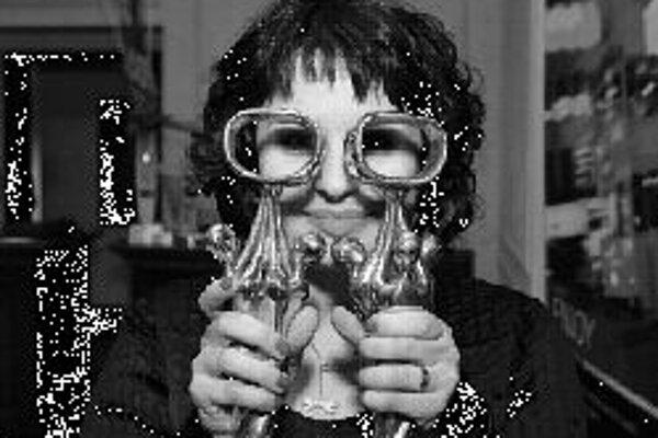Petra PolnišováHerečka Petra Polnišová sa stala kráľovnou televíznej obrazovky. V populárnej ankete OTO 2007 (Osobnosť televíznej obrazovky) zvíťazila v kategórii zabávač a keďže získala najviac hlasov spomedzi všetkých ocenených, patrí jej aj titul Abs