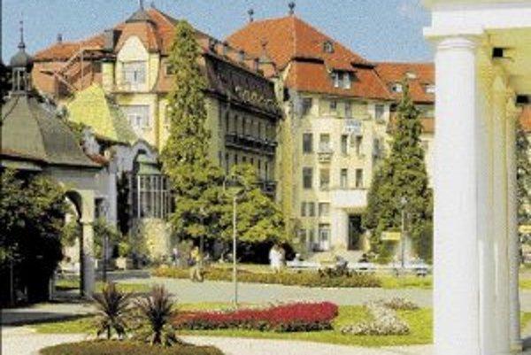 Budova hotela patrila k dominantám Piešťan.