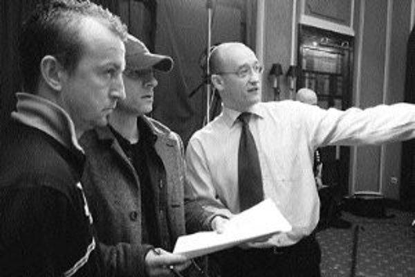 Ivo Toman (vpravo) pri nakrúcaní videa Inštinkt zabijka.
