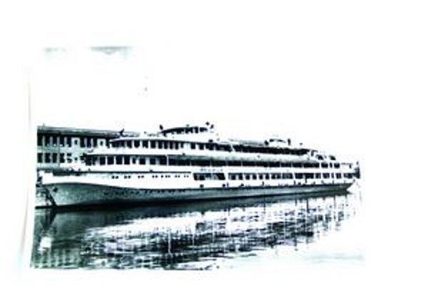 Osobná loď pre štyristo cestujúcich – špičkový výrobok komárňanských lodeníc.