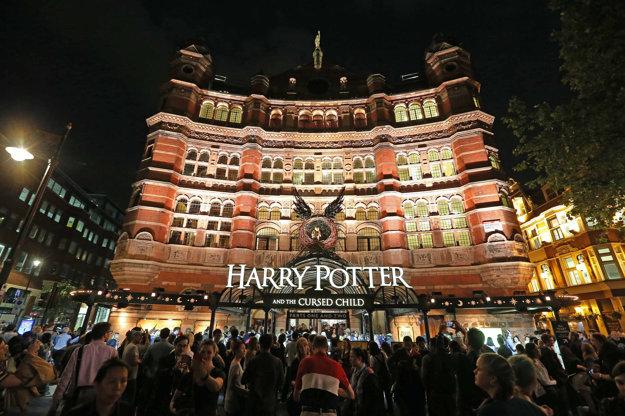 Divadlo Palace Theatre v Londýne je miestom novej potterománie.