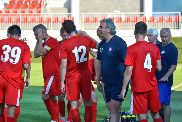 Novotvoriaci sa tím pod vedením Petra Gergelyho sa dočkal prvého víťazstva v príprave.