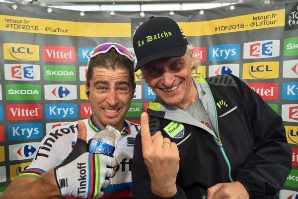 Oleg Tiňkov (vpravo) si veľmi užíva výkony Petra Sagana na tohtoročnej Tour de France.