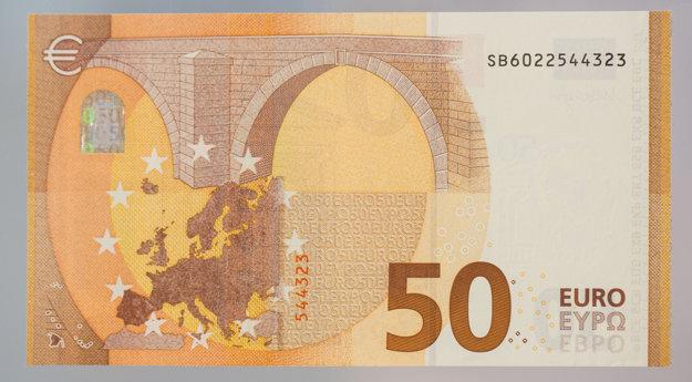 Nová bankovka sa dostane do obehu 4. apríla 2017, teda o desať mesiacov.