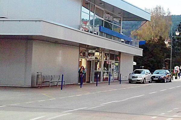 Uzavretá bude aj Štefánikova ulica.