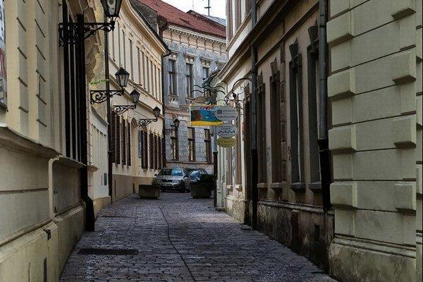 Zvonársku ulicu na jeden deň premenia na ulicu zo 40. rokov 20. storočia.