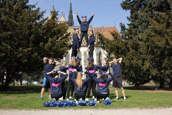 Destiny Cheer Team budú reprezentovať Slovensko.