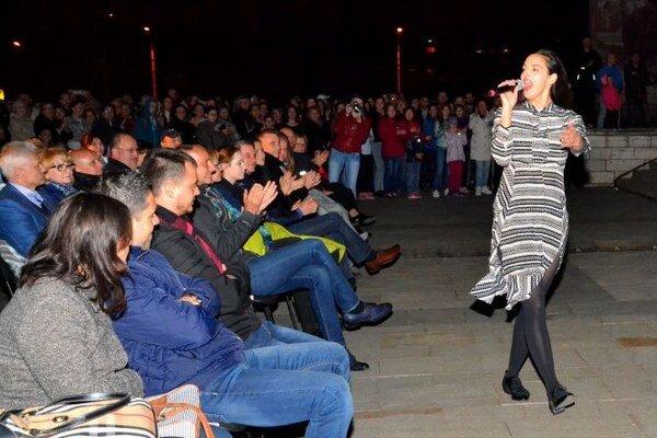 Jana Kirschner dostala do varu počas svojho vystúpenia niečo vyše tisícky divákov.