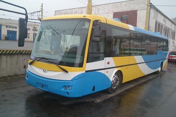 Prvý elektrobus. Do Košíc ho doviezli koncom marca.