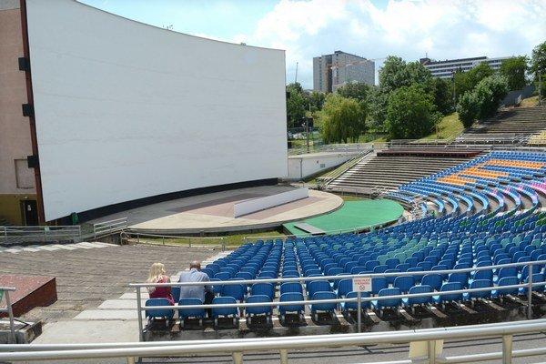 Zaplní sa amfiteáter? Prvý večer tam uvidíte otvárací ceremoniál aj filmovú novinku.