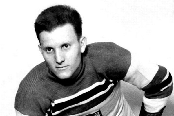 Hokejová legenda. Ladislav Troják mal úctu spoluhráčov a obdiv publika.