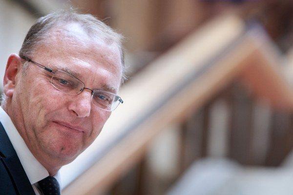 Podpredseda vlády pre investície Ľubomír Vážny.