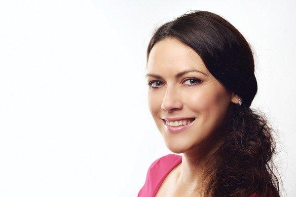 Spisovateľka z Medzilaboriec. A. Rimová prináša čitateľom svoj ôsmy román.
