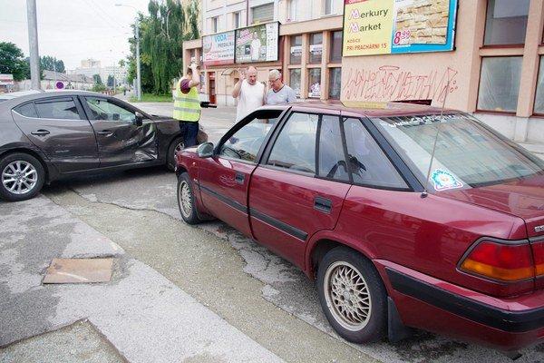 Pristavil sa aj Vinco Lukáč. Ľutuje cezpoľných vodičov.