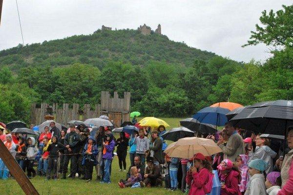 Zážitok z akcie nepokazilo ani daždivé počasie.