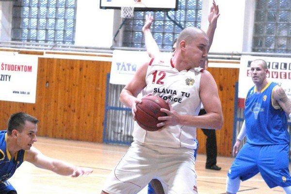 Dve výhry vonku. Slávia TU (na snímke Ulman) hladko zdolala Prešov i Kežmarok.