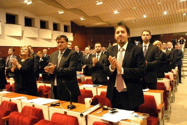 Prvé povolebné rokovanie zastupiteľstva sa konalo 8. decembra. Druhé zasadnutie, už aj k rozpočtu, je plánované na 9. februára.