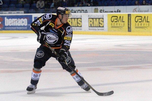 Richard Jenčík. V Piešťanoch si pripísal na konto prvú asistenciu v sezóne.