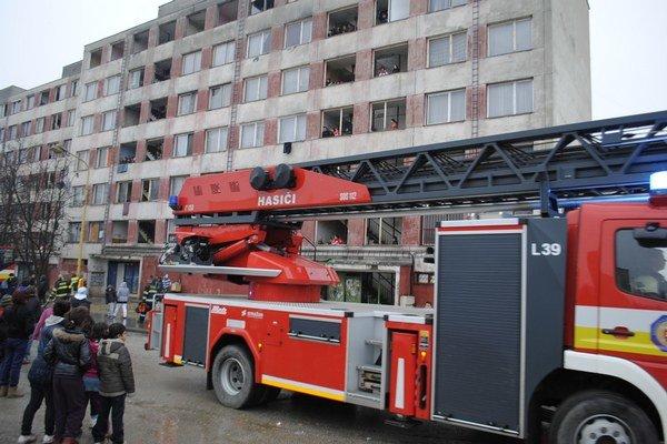 Zásah hasičov na Luniku IX.