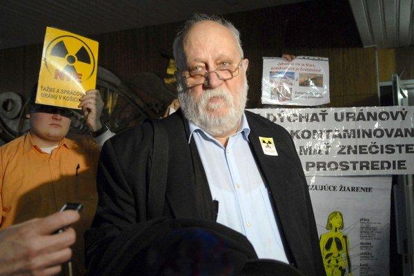 L. Rovinský na jednej z akcií proti tažbe uránu.